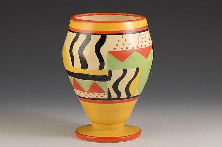 Clarice Cliff Sunspots 363 Vase C1930