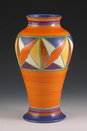 Clarice cliff 7 mondrian plate for Mondrian vase